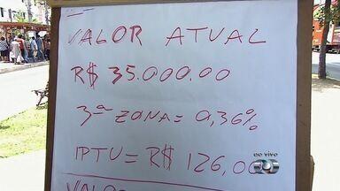 Moradores acionam Ministério Público contra o aumento do IPTU em Goiânia - Dossiê com mais de 1,2 mil páginas mostra que faltam investimentos na região noroeste da capital. Reajuste previsto é de 57,8% na Planta de Valores.