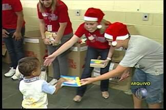Campanha O Natal de Todos Nós recolhe doações - Livros e brinquedos novos são aceitos para as doações que serão entregues às crianças carentes.