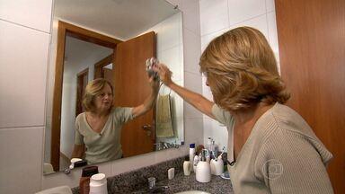 Saiba como fazer limpeza e não prejudicar o meio ambiente e a saúde - Veja as dicas dadas para limpar espelhos, vidros e boxes.