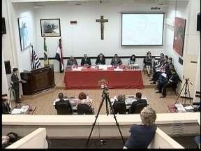 Câmara de Pres. Prudente aprova orçamento para 2015 - Projeto ainda terá nova discussão.