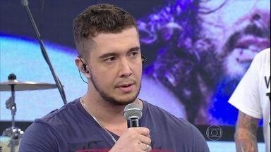 Vocalista Bruno comenta sucesso do grupo - Ele afirma que integrantes sempre acreditaram na banda