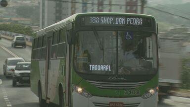 Novo protesto atrasa saída de ônibus da Linha Verde em Campinas - Pelo segundo dia consecutivo, os motoristas dos ônibus da Linha Verde em Campinas (SP), que atende cerca de 75 mil passageiros por dia, atrasaram a saída dos coletivos em protesto contra mudanças no plano de saúde dos funcionários.