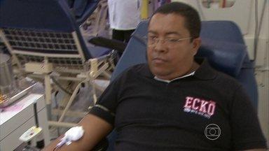 Hemope faz homenagem aos doadores de sangue mais ativos - Órgão funciona de segunda-feira a sábado.