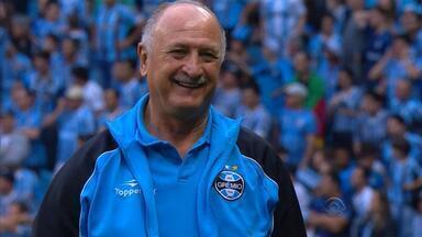 """Felipão critica arbitragem e ironiza: """"vagas já estão definidas"""" - Técnico do Grêmio reclama que equipe tem sido prejudicada nos últimos jogos."""