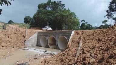 Ponte na zona rural de Ariquemes é reconstruída após incêndio - A ponte, que era de madeira foi substituída por outra de concreto.