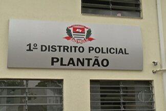 Homem baleado por policial continua internado em Mogi das Cruzes - Segundo a polícia, a vitima estava com outros três homens que foram presos.