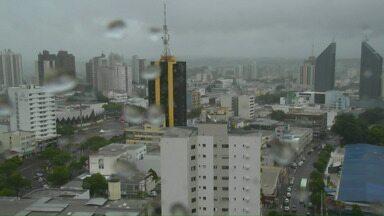 A chuva continua nesta quarta-feira no Oeste do Paraná - Tem previsão de pancadas no fim do dia. As temperaturas não sobem muito.
