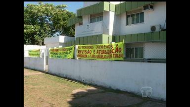 Lideranças comunitárias da Flona e da Resex manifestam em frente à sede do ICMBIO - Lideranças cobram revisão e aprovação de planos de manejo.