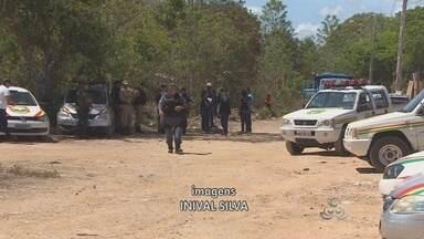 Prefeitura desocupa área invadida no bairro Alvorada - A prefeitura de Macapá desocupou uma área que foi invadida há pouco mais de um mês no bairro Alvorada.