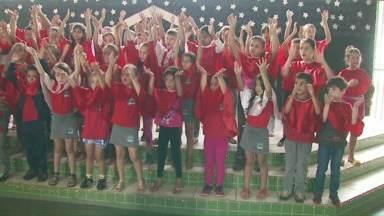 Alunos da Escola Municipal Belvedere apresentam cantata de natal nesta quarta-feira - A apresentação vai ser às 19 horas no pátio da escola.