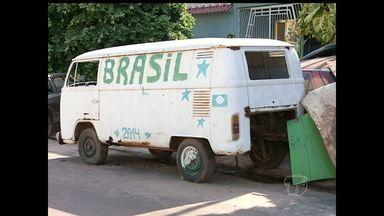 Veículos abandonados nas ruas causam transtornos no transito em Santarém - Reportagem mostrou vários pontos da cidade que possuem esses veículos.