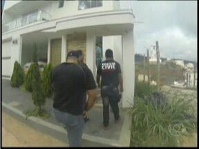 Polícia indicia 28 pessoas por fraude em vestibulares e no enem em Minas - Os candidatos pagavam até R$ 100 mil para participar do esquema.