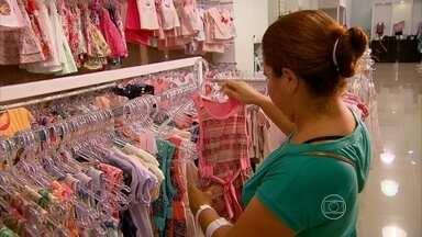 Pesquisa revela preferências do consumidor pernambucano nas compras de fim de ano - Levantamento foi feito pela Fecomércio.