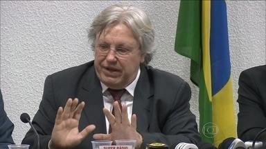 Ex-diretor da Petrobras é ouvido pela CPI Mista do Congresso - O ex-diretor de Gás e Energia da Petrobras, Ildo Sauer, foi convocado como colaborador e prestou um depoimento informal. Ele foi diretor entre 2003 e 2007.