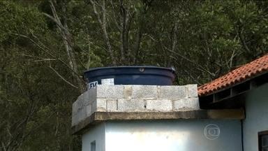 Furto de água vem crescendo em São Paulo - Nessa nova modalidade de crime, bandidos invadem as casas e roubam a água e até a caixa d'água.