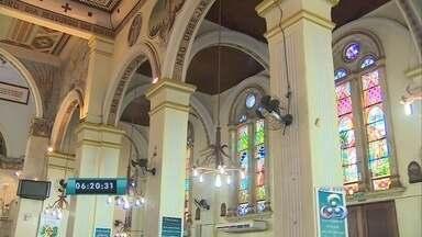 Chá beneficente arrecada recursos para a restauração da Catedral do Sagrado Coração - Igreja fica localizada aqui em Porto Velho.