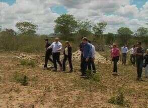 Reunião discute suposto desmatamento em terreno dedicado à nova Feira da Sulanca - Evento reuniu o Ministério Público, a CPRH, a Prefeitura de Caruaru e o ex-proprietário do terreno.