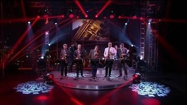 Craques do saxofone encerram o programa de quinta-feira - Músicos foram convidados por Jô para se apresentarem no programa
