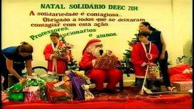 Filhos de associados de cooperativa de reciclagem ganham natal - Papai noel levou presentes para as crianças.