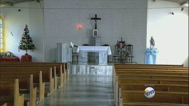 Fiéis comemoram dia de Imaculada Conceição - Fiéis comemoram dia de Imaculada Conceição