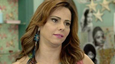 Naná decide visitar Luciano - Xana se emociona e diz que está com saudades do menino
