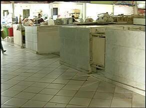 Comerciantes do mercado municipal de Araguaína reclamam de abandono - Comerciantes do mercado municipal de Araguaína reclamam de abandono