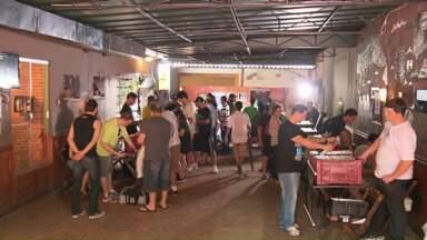 Feira reúne apaixonados por disco de vinil em Maringá - Encontro ocorre todo mês