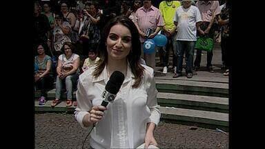Jornal ao vivo da praça Saldanha Marinho em Santa Maria, RS - Comemoração aos 45 anos da RBS TV.