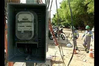 Instalação de novos medidores de energia vem causando polêmica - Muitos moradores de Belém reclamam do transtorno gerado.