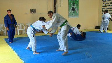 Conheça Dudinha, uma judoca que manda bem dentro e fora dos tatames - Conheça Dudinha, uma judoca que manda bem dentro e fora dos tatames