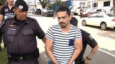 Empresário é preso suspeito de atropelar três pessoas após sair de festa em Goiânia - Segundo a Polícia Militar, o suspeito, que dirigia embriagado uma Mercedes Benz, confessou o atropelamento.