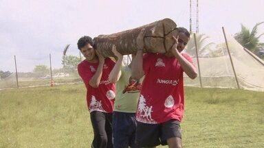 Em Manaus, atletas participam do 'Circuito Jungle Man' - Dezenas de equipes colocaram em prova a resistência física contra as adversidades da natureza.