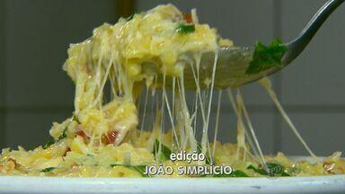 'Prato Fácil' deste sábado (27) ensina receita de risoto de rúcula com tomate seco - Fernando Kassab dá dicas de receitas para as comemorações para o fim de ano. O risoto é uma opção para a ceia de Réveillon.