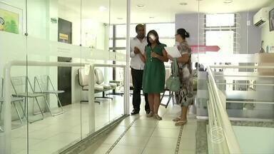 Moradores de Volta Redonda, RJ, que precisava de córnea recebe transplante - Desde 2004, Leiliane Manoel de Souza, de 31 anos, lutava contra a ceratocone, doença que deforma a córnea; cirurgia foi feita na sexta-feira (26).
