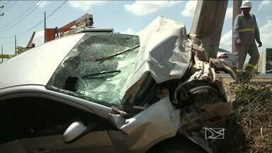Acidente deixa cinco feridos na MA-204 em Paço do Lumiar - Mulher grávida, três crianças e um homem estavam no veículo