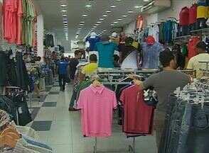 Comércio de Caruaru comemora vendas no fim de semana após o Natal - Presentes ainda são procurados, mas foco são as compras para passar a virada do ano.