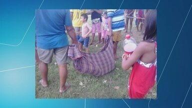 Polícia do AM procura suspeito de matar menina de 6 anos - Crime aconteceu na última quarta-feira (24) no município de Borba. Suspeito teria tentado violentar outra criança no mesmo dia, diz polícia.