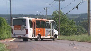 """Passagem do """"Leva e Traz"""" será cobrada a partir de 2015 em Ribeirão Preto - Usuários não aprovam a cobrança de R$ 1."""