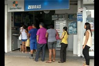 Apostadores lotam casas lotéricas de Belém - Mega da Virada oferece prêmio milionário na noite do dia 31.