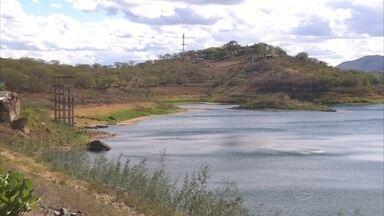 Zona Rural do Boqueirão atrai turistas para práticas esportivas em açude - Em meio à caatinga, belas paisagens e oficinas de artesanato e tapeçaria são opções para os visitantes.
