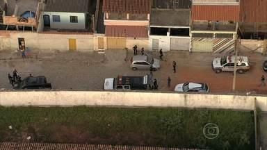Operação combate tráfico de drogas em Santa Luzia, na Grande BH - Ação conjunta das polícias Civil e Militar é realizada no bairro Palmital.
