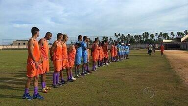 Estanciano apresenta 25 jogadores e sonha com título inédito no estadual - Estanciano apresenta 25 jogadores e sonha com título inédito no estadual
