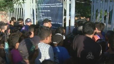 Manauenses criticam atendimento no Sine Cidade Nova, em Manaus - Nesta quarta-feira (7), sistema saiu do ar e houve tumulto no local