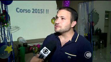 Foliões se preparam para o Corso de Teresina 2015 - Foliões se preparam para o Corso de Teresina 2015