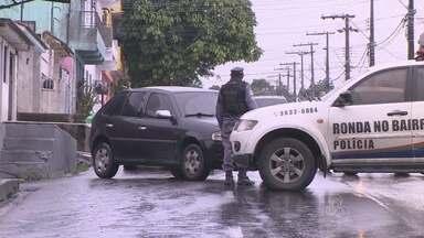 Cinco ficam feridos após acidente de carro na Cidade Nova, em Manaus - Um dos veículos perdeu o controle e invadiu pista contrária, segundo PM.Apesar do impacto, todos os ocupantes dos dois carros passam bem.