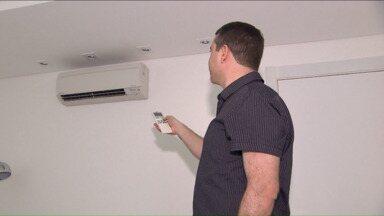 Calor alavanca as vendas de ar condicionado - Na hora de comprar, clientes prezam pelos produtos mais econômicos.