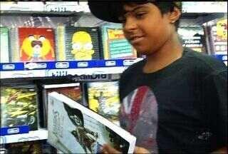 Pais lotam livrarias no Cariri para compra do material escolar - Algumas escolas iniciam as aulas no fim de janeiro.