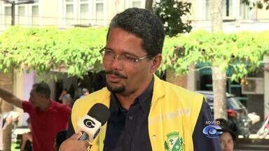 SMTT multa motoristas flagrados na faixa exclusiva para ônibus em Arapiraca - Fiscalização da Faixa Azul no município entrou em vigor nesta segunda-feira (12).
