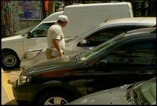 Moradores de Nova Friburgo, RJ, reclamam de infra estrutura de estacionamento - Rotativo já teve aumento de preço.