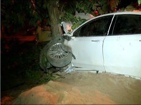 Seis pessoas morrem em acidente em Belo Oriente - Motorista perdeu o controle do carro e fugiu sem prestar socorro às vítimas.